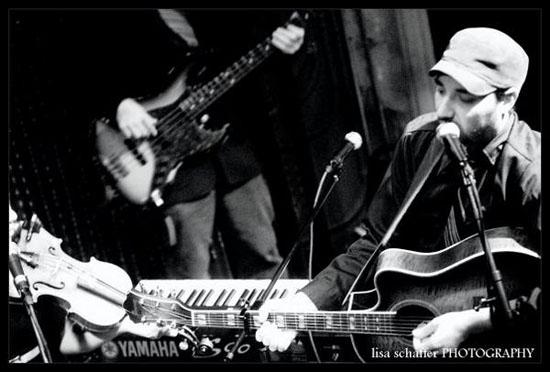 Hezekiah Jones live in 09 - Lisa Schaffer Photography