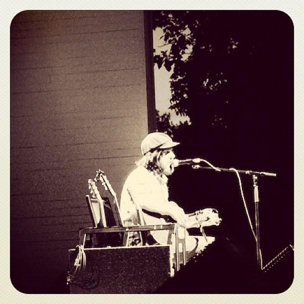 Jeff Mangum @ Calgary Folk Music Fest 2012